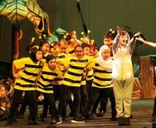 16. Baloo and bees